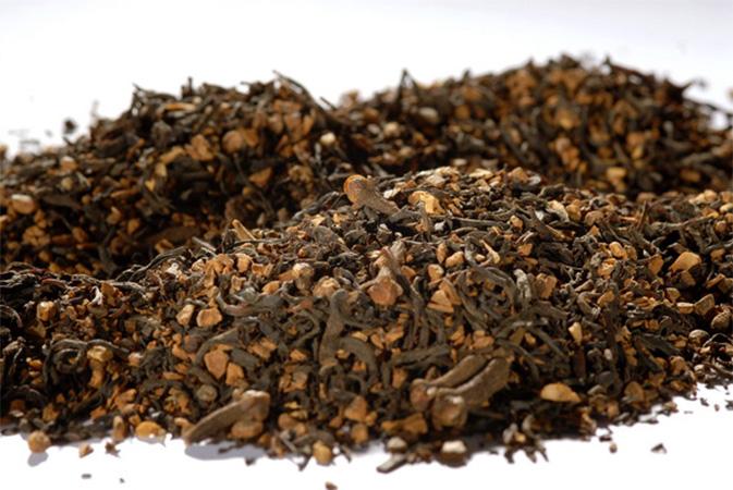 Chai - The Indian Beverage - musta tee - Runda Munken teekauppa