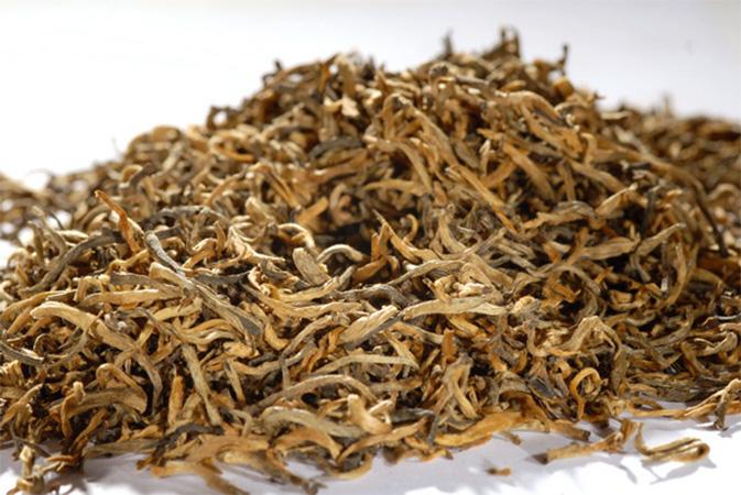 Yunnan Diang Hong Golden Rain - musta tee - Runda Munken teekauppa